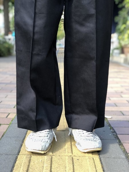 【banal chic bizarre】 Two-tone 3TAC Wide pants